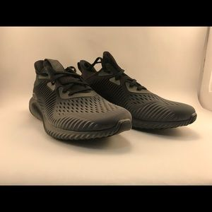 NIB Adidas AlphaBounce Running Shoes Men's